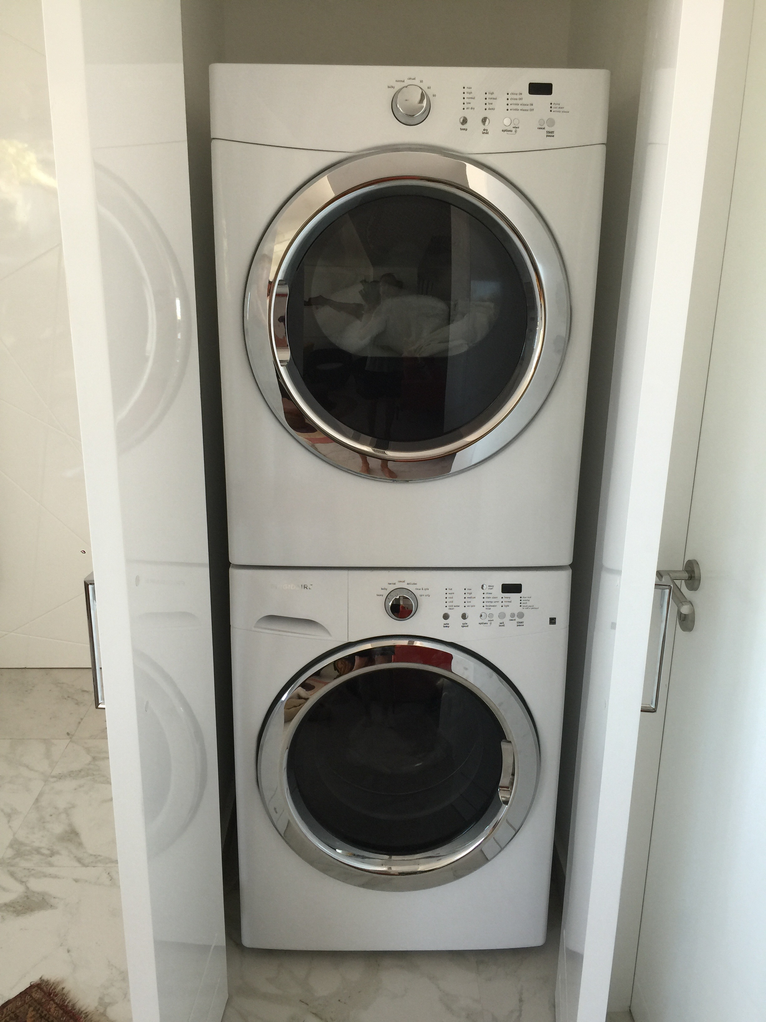 Stackable washer/dryer in condo!